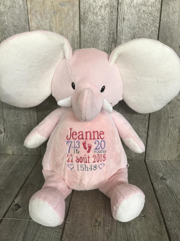 Rosie - éléphant rose peluche à broder et personnaliser - Réalisation | Broderie Amé Design